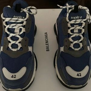 Balenciagas Triple s Silver/Grey/Blue